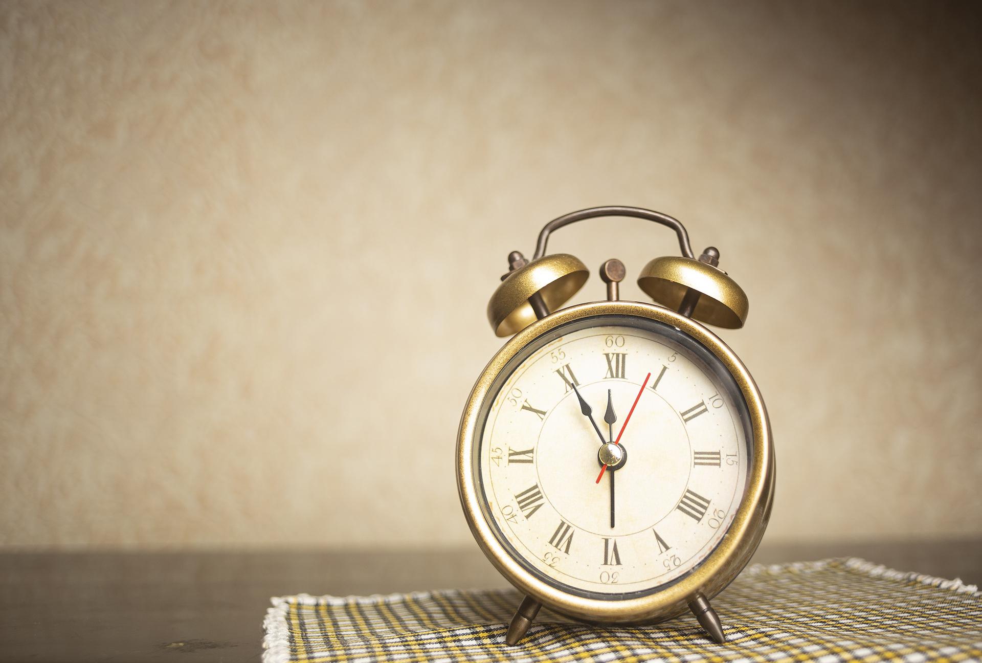 clock-920